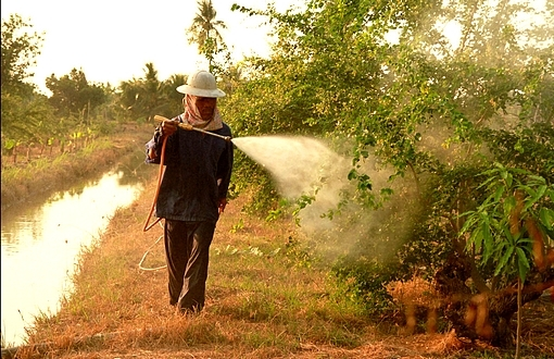 Pesticides Uland Flickr Richard Friend